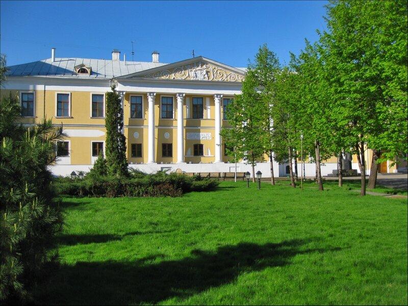 Усадьба Лопухиных - ныне Музей Рериха
