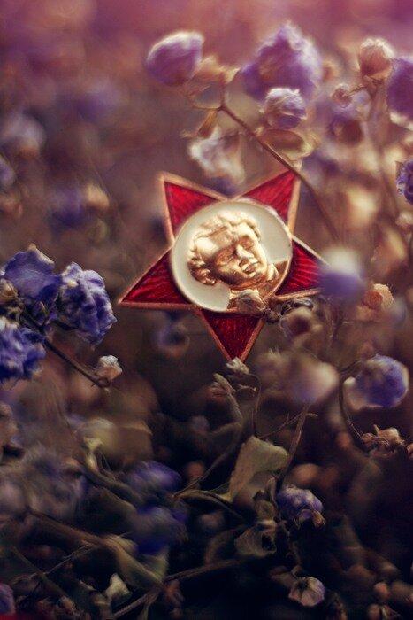 Le 22 avril. Nature morte. Lénine est vivant.
