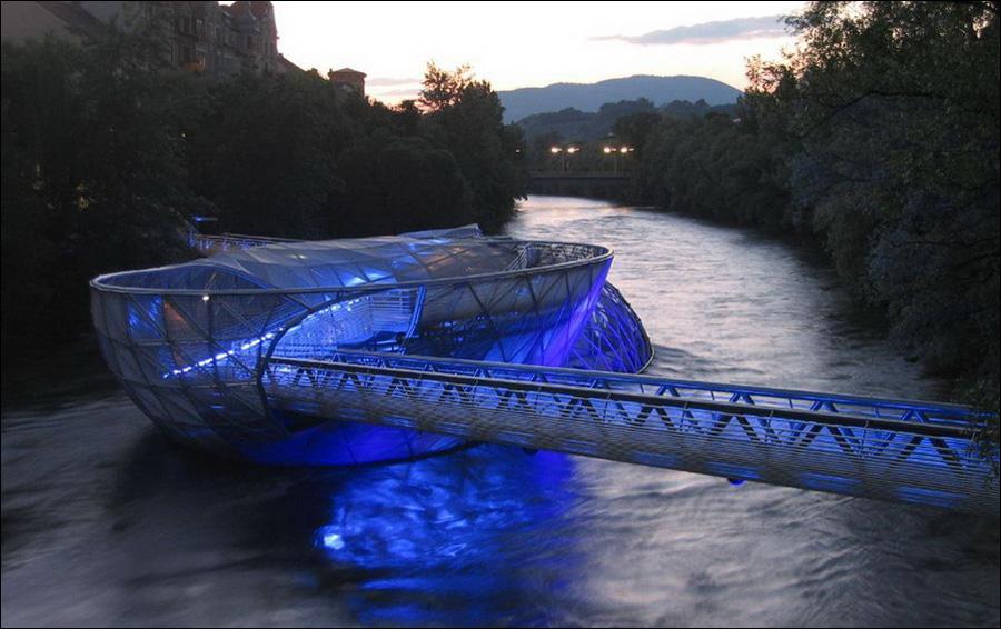 Мост Aiola Island