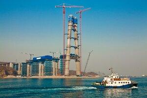 Сергей Дарькин осмотрел площадки строительства моста через Золотой Рог