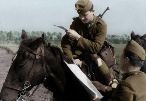 Hungarian hussar_sergant_get__s_his_orders.jpg