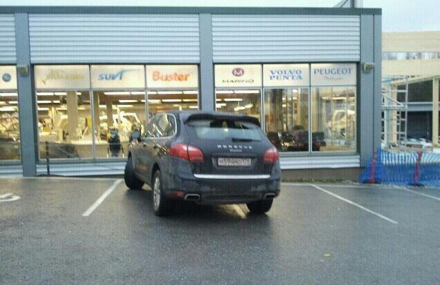 Финны открыли сайт про парковочных мудаков