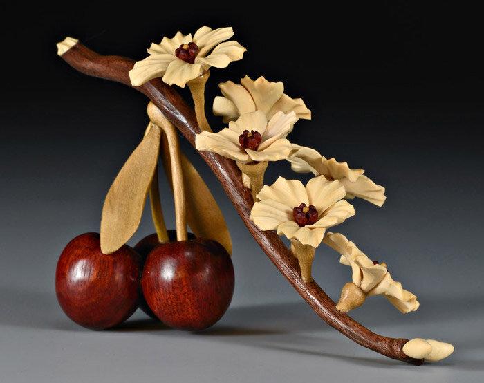 вишня из дерева