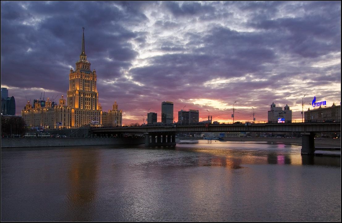 Моменты заката - Гостиница Украина