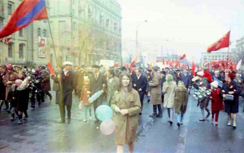 Челябинск. 1971 г. 1 мая, демонстрация.