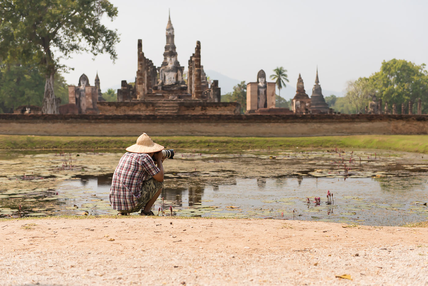 Фотография 14. Я же говорил, что в Таиланде принято фотографировать только на зеркалки фирмы Canon! Отчет о самостоятельной поездке в парк Сукхотаи