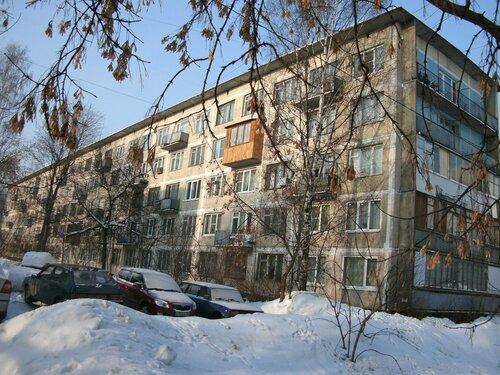 Бухарестская ул. 84