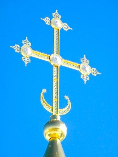 храм в д. Усово -крест*