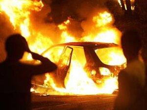 Во Владивостоке при пожаре автомобильного кунга погиб мужчина
