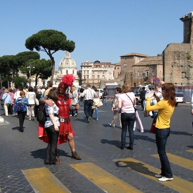 Рим. Улица Имперских форумов (Via dei Fori Imperiali)