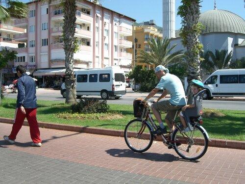 Велопрогулка по набережной в Турции 0_6c57d_279d4485_L