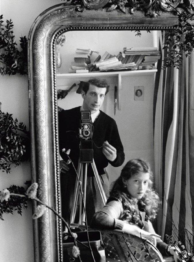 1951. Автопортрет с Леллой
