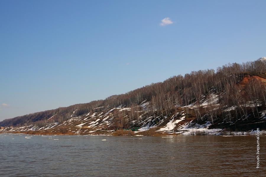 снег на берегах Волги