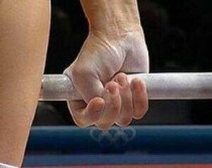 Только что во Владивостоке начался чемпионат города по тяжёлой атлетике