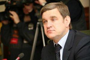 Губернатор Приморского края Сергей Дарькин провёл аппаратное совещание