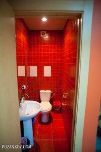 Туалет на первом этаже