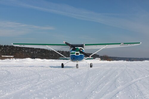 Cessna-182 на Волжанке