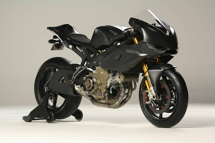 Это еще одна модель, выпущенная в ограниченном количестве. Мотоцикла был создан дизайнером Альдо Дру