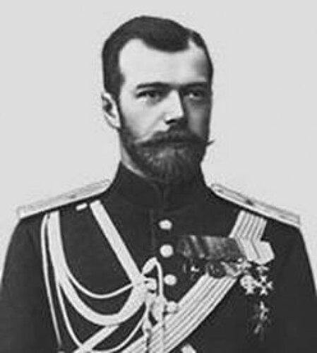 Политические взгляды Великого Князя - ограничение самодержавной власти неким подобием парламента - создали ему...