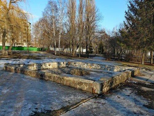 Заброшенный фонтан у ДК Энергомаш