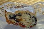 Кусочек кекса ( с маком и изюмом)