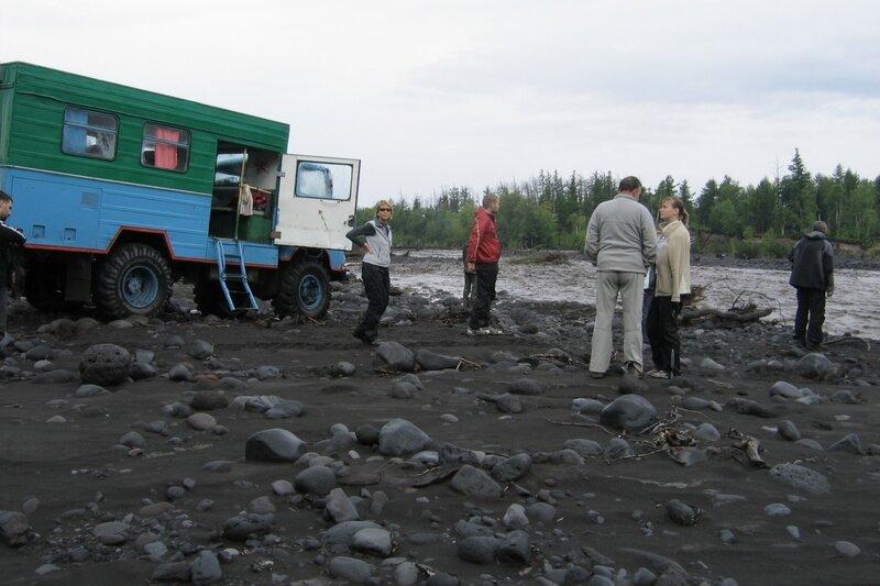 На берегу, Толбачик, Камчатка