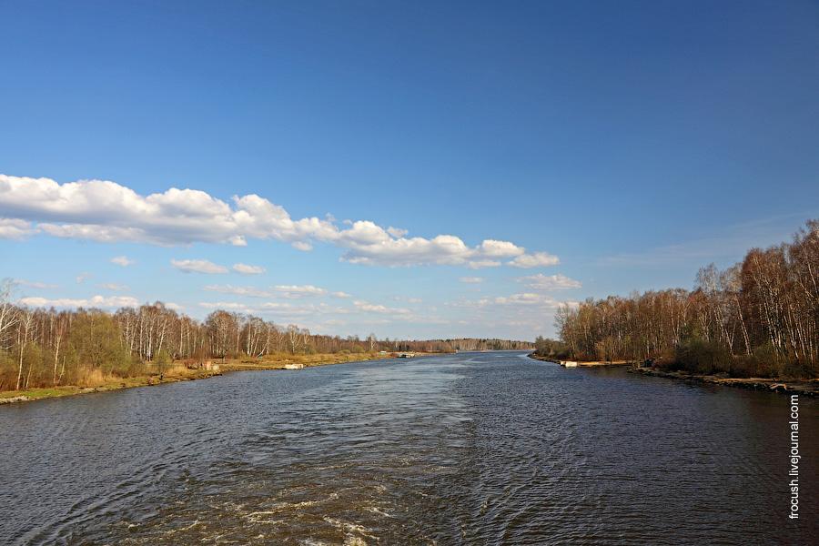 На канале имени Москвы тишь да гладь