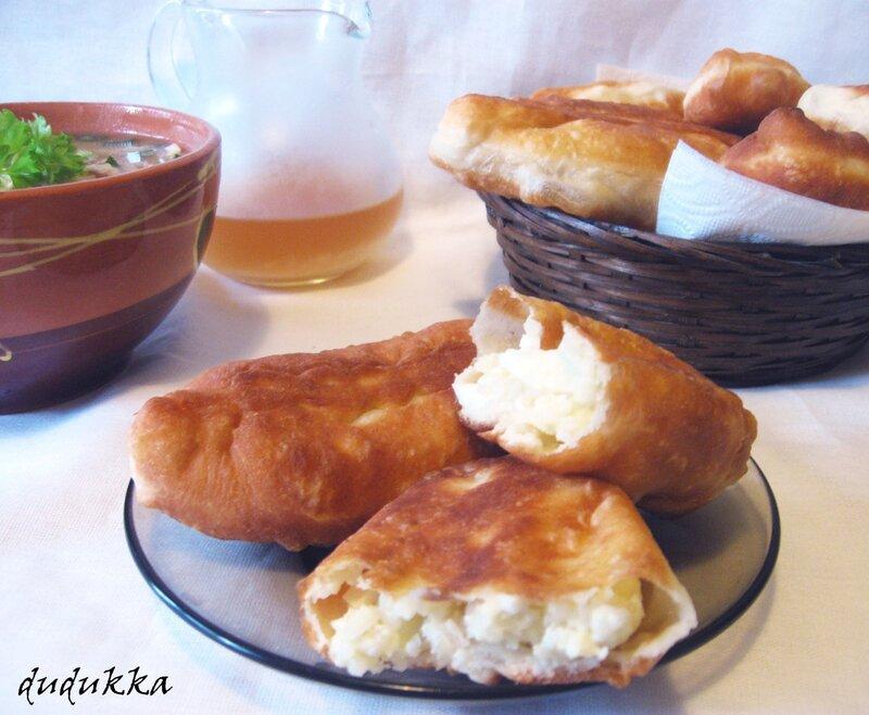 пирожки на сковороде на кефире рецепт с фото