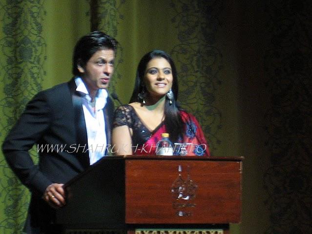 Shah Rukh Khan & Kajol - Abu Dabi Premiere MNIK 2010