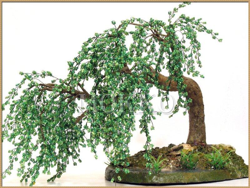 Мастер класс Дерево из бисера - плетем большую веточку. .  Плакучая ива из бисера своими руками Цветы и деревья из...