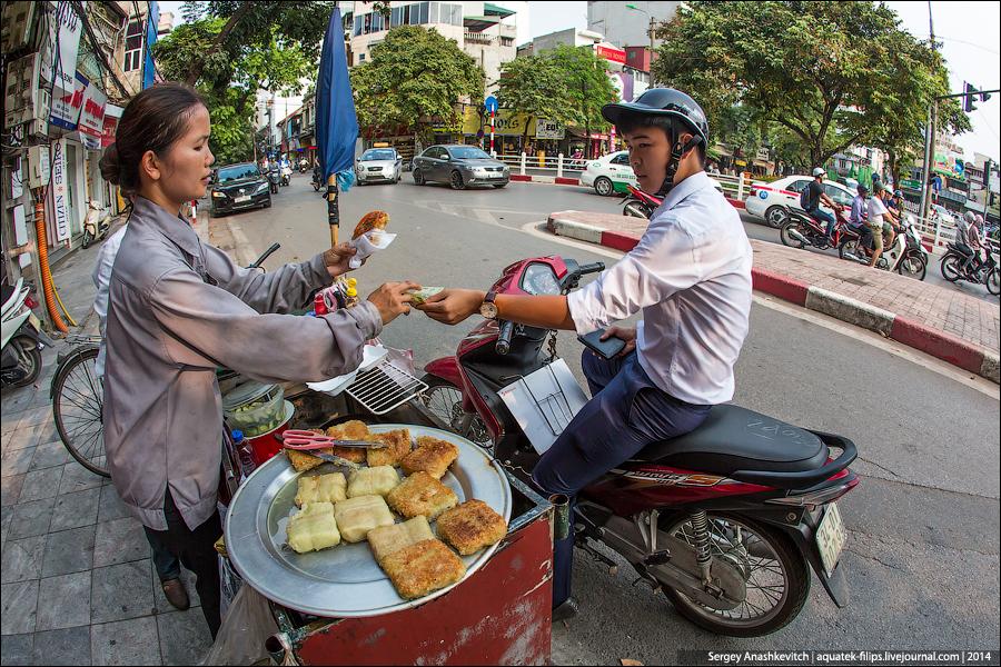 Уличный фастфуд во Вьетнаме