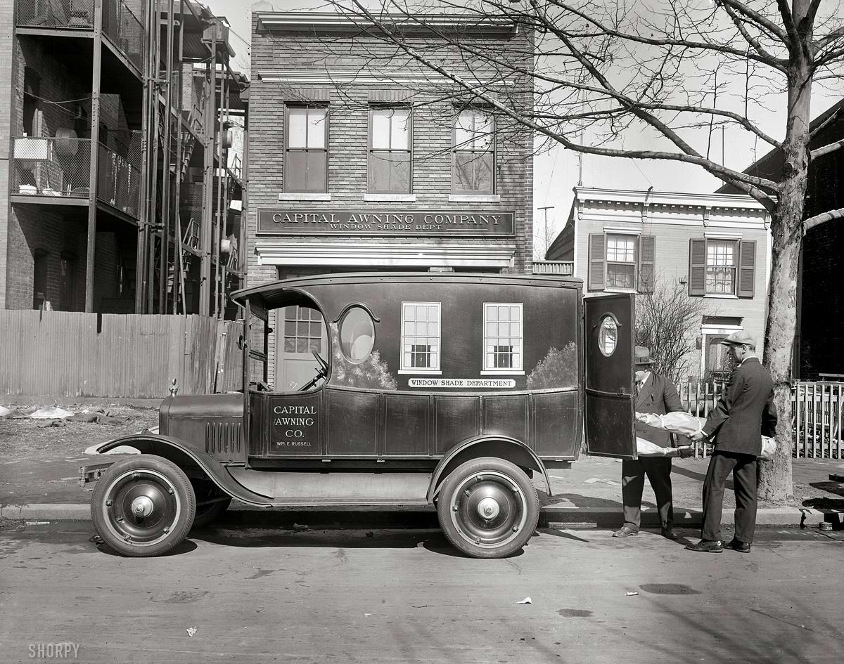 Грузовые автомобили начала 20-го века на снимках американских фотографов (25)
