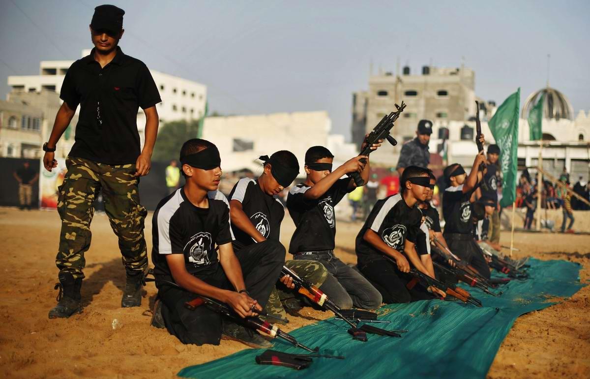 Летний лагерь движения Хамас для палестинских подростков в секторе Газа (1)