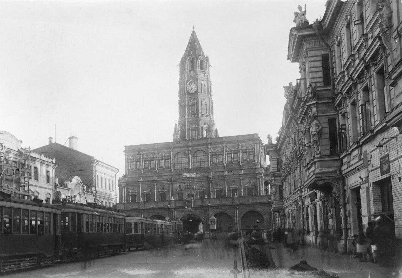 1920-е. Сухарева башня