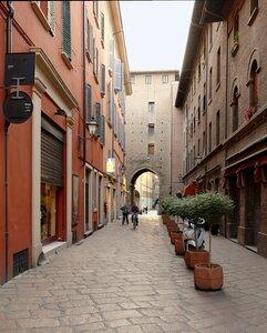 Via Porta Nova
