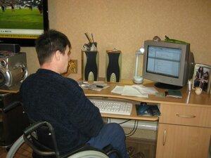 Что нового в интернете? У компьютера Топал Николай.