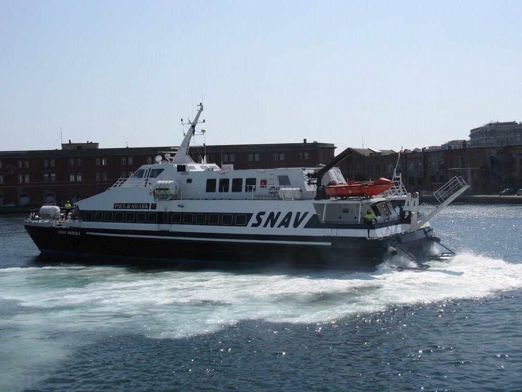 Неаполь. Пассажирский порт
