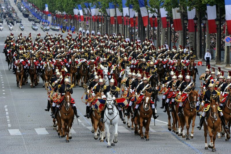 Mounted French Republican guards take pa