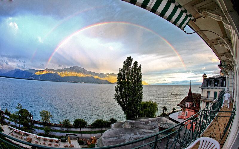Женевское озеро_двойная утренняя радуга_вид с балкона Eden Palace au Lac_Montreux