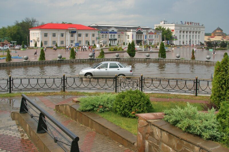 Центр Дмитрова. После сильного ливня