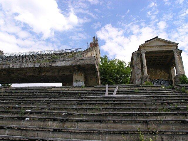 http://img-fotki.yandex.ru/get/5808/stadiums-at-ua.7/0_6f70a_fcfa748e_XL