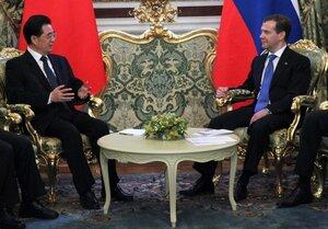 Россия и Китай увеличат товарооборот до 200 миллиардов долларов