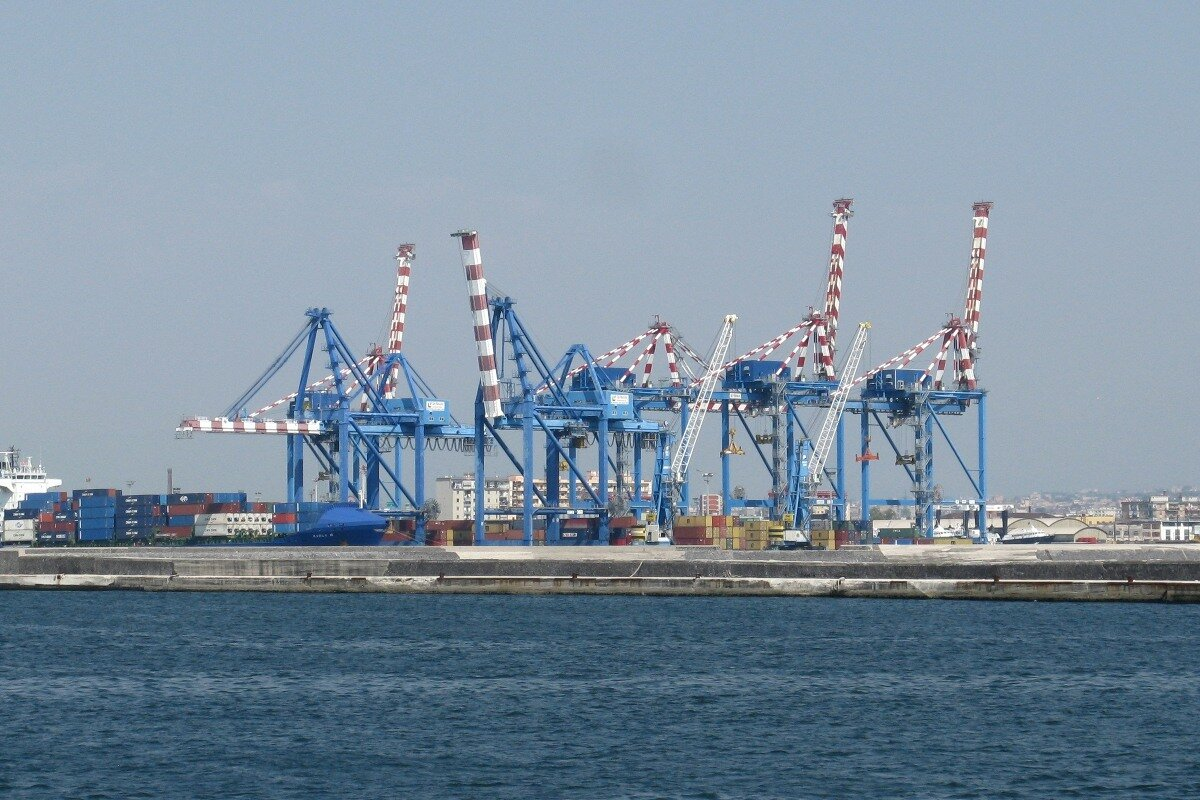 Naples. Seaport. Container terminal
