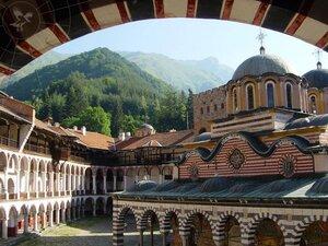 Виды Рильского монастыря