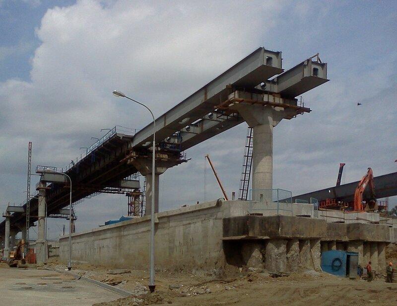 Строительство Четвертого транспортного кольца в Москве (у Шоссе Энтузиастов)