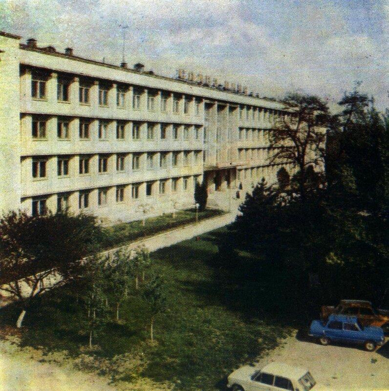 Кишинёв - Университет.jpg