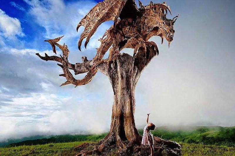 Художник превратил коряги в прекрасные скульптуры движущихся животных (10 фото)
