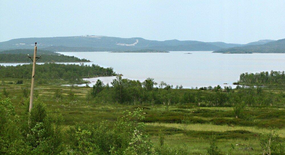 Озёра сопки низкорослые леса глухие