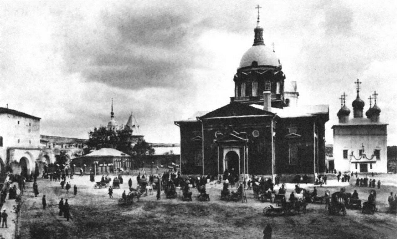 Кремль. Иоанно-Предтеченский и Никольский соборы