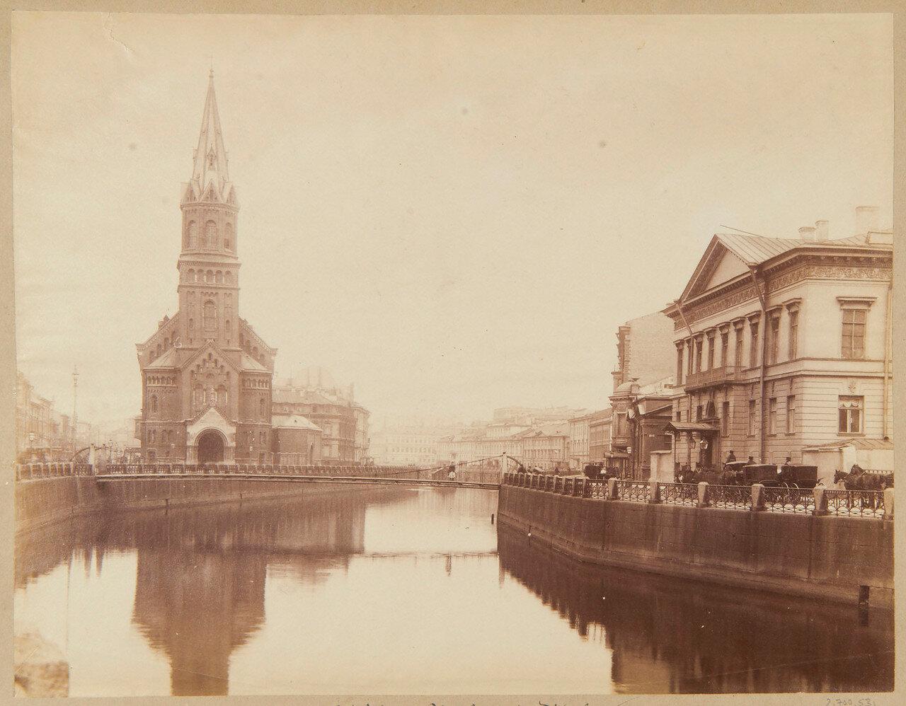 Немецкая реформатская церковь Святого Петра и река Мойка